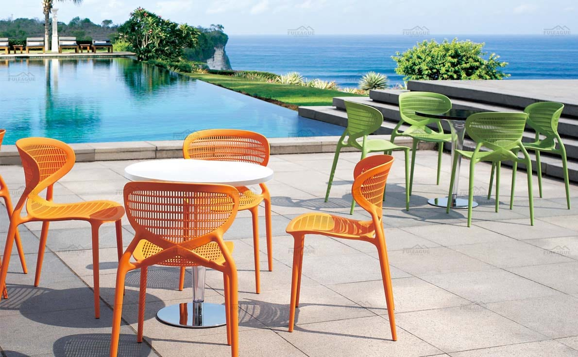 title='Outdoor Patio Dining Sets'