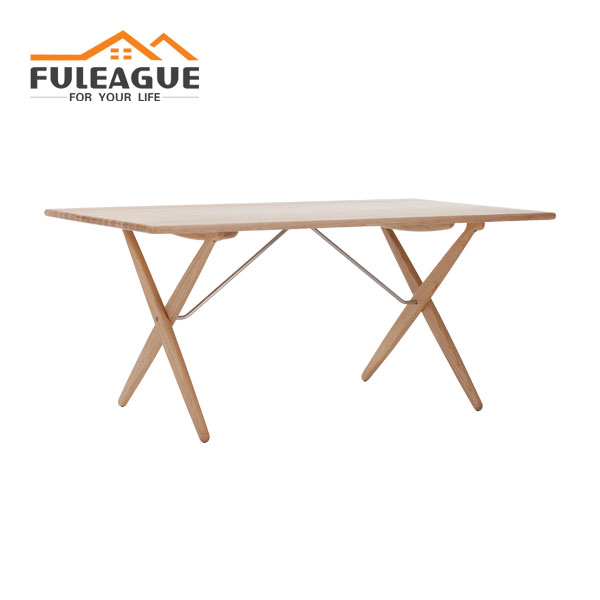 PP85 Cross Legged Table FT016